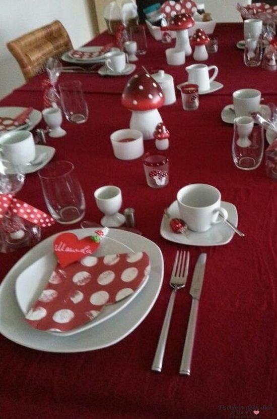 Tischdeko mit Fliegenpilzen Tischdekoration rot wei