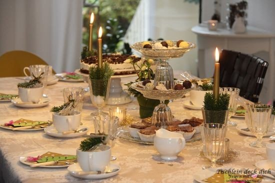 Tischdeko Kaffeetafel Weihnachten weihnachtliche Tischdekoration