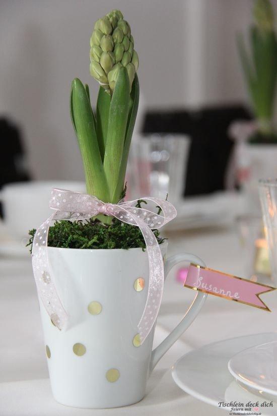 Tischdeko Frühling mit Hyazinthe