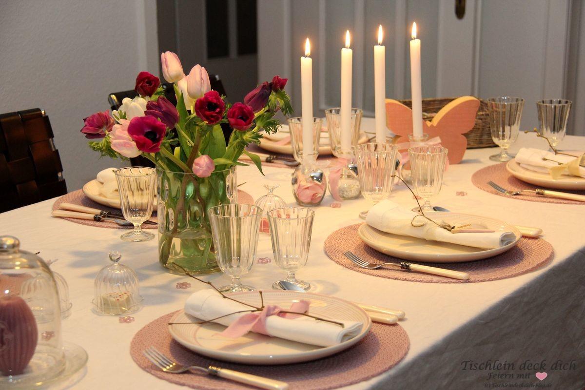 Romantischer Valentinstag Tischdekoration rosa