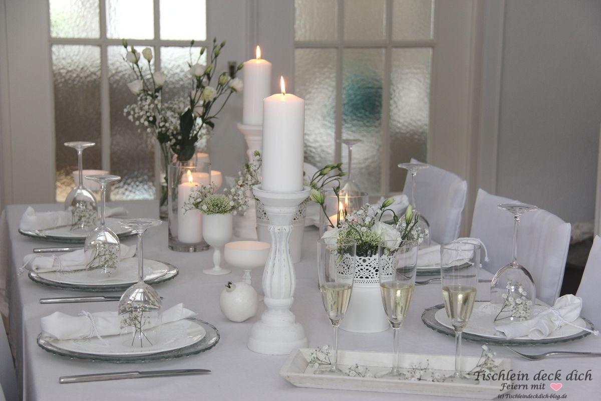 White Dinner Tischdekoration