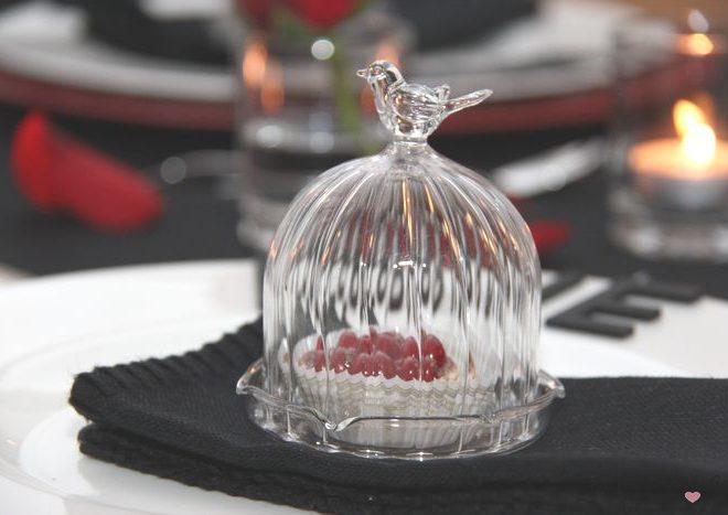 Kleine Glashaube mit Vögelchen
