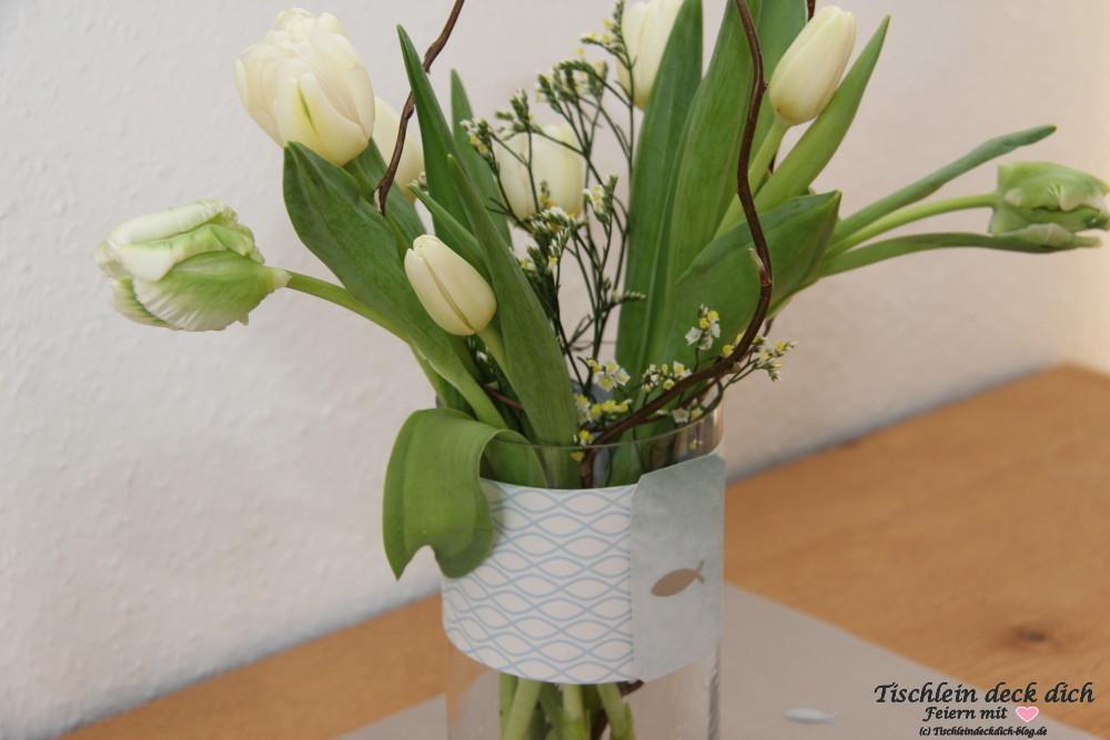 Tulpenschmuck zur Kommunion