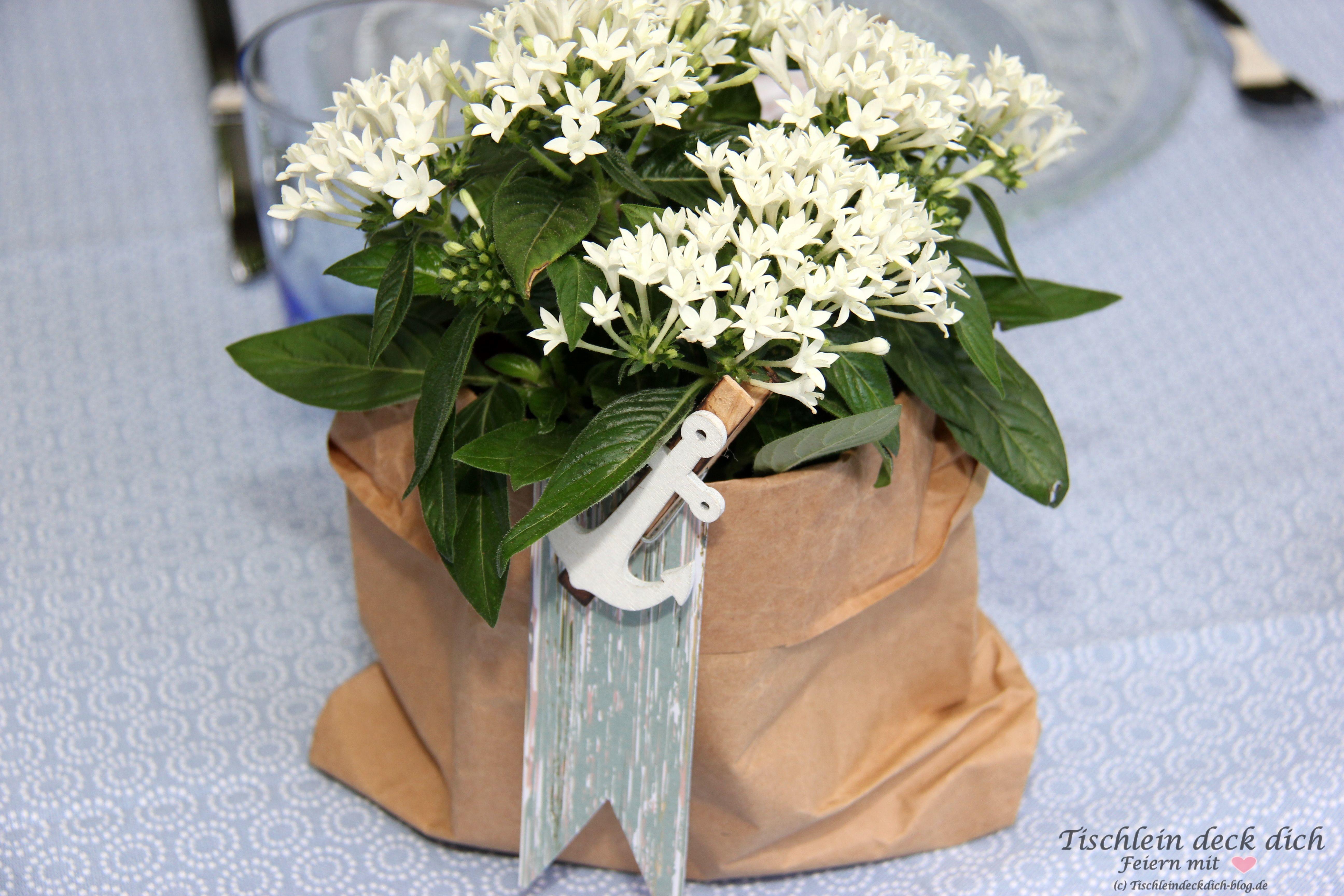 Maritime Blumendekoration Tischlein deck dich