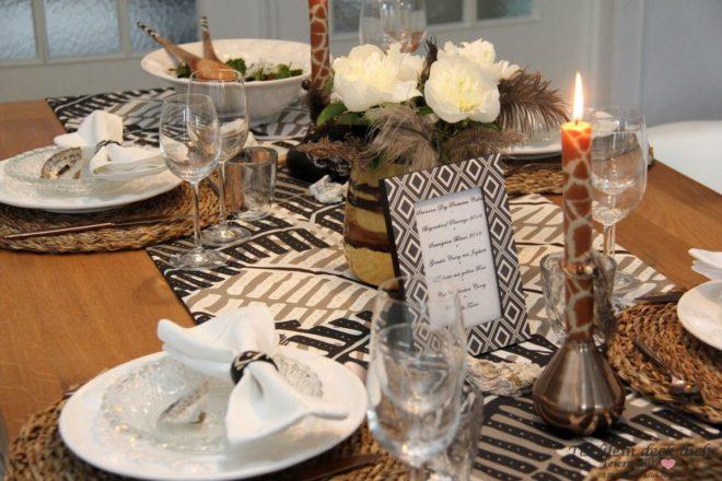 Eine Afrikanische Tischdekoration Und Unsere Liebe Zu Sudafrika