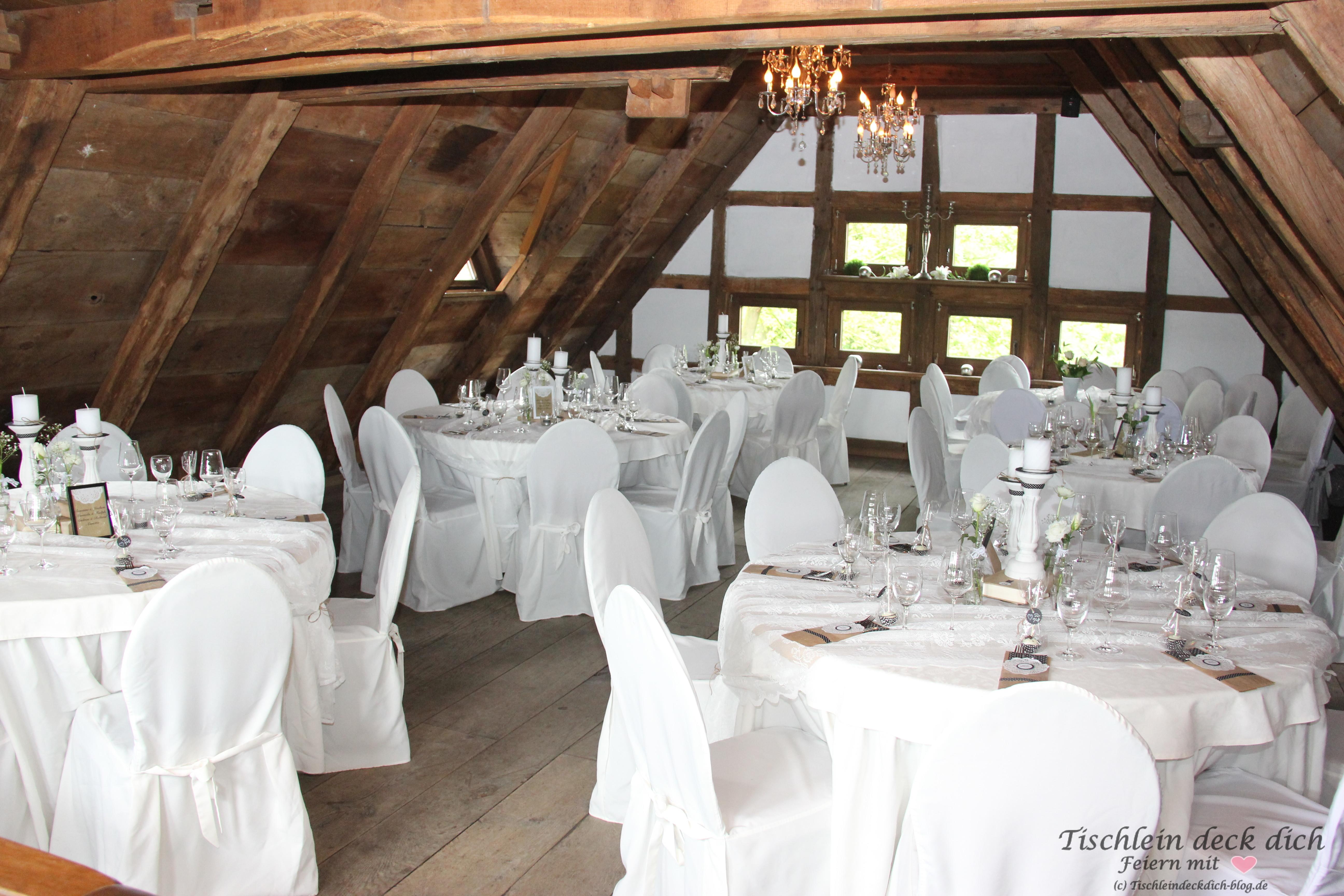 Tischdekoration zum 50. Geburtstag schwarz weiß