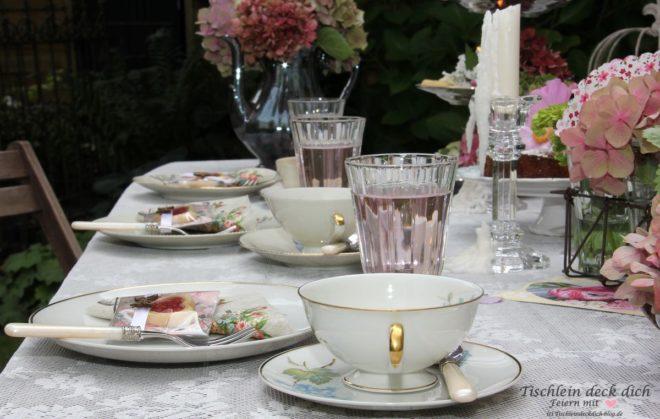 sommerliche teaparty im garten tischlein deck dich. Black Bedroom Furniture Sets. Home Design Ideas