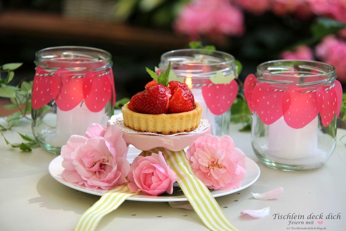 Erdbeerdeko in rosa rot
