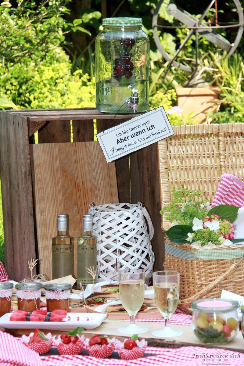 bree minis-picknick-summer-essential